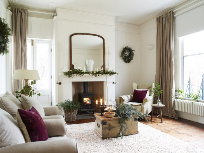 The Manor House Christmas by Rachael Smith