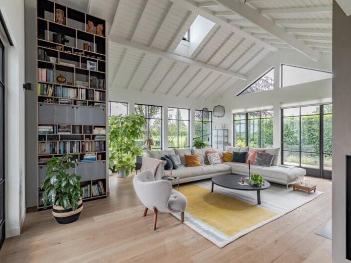 Gutterless Villa with great views by Chiela van Meerwijk
